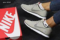 Стильные женские кроссовки Nike Zigmaze бежевые