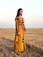 Вишите лляне довге гірчичне плаття з машинною вишивкою, фото 1
