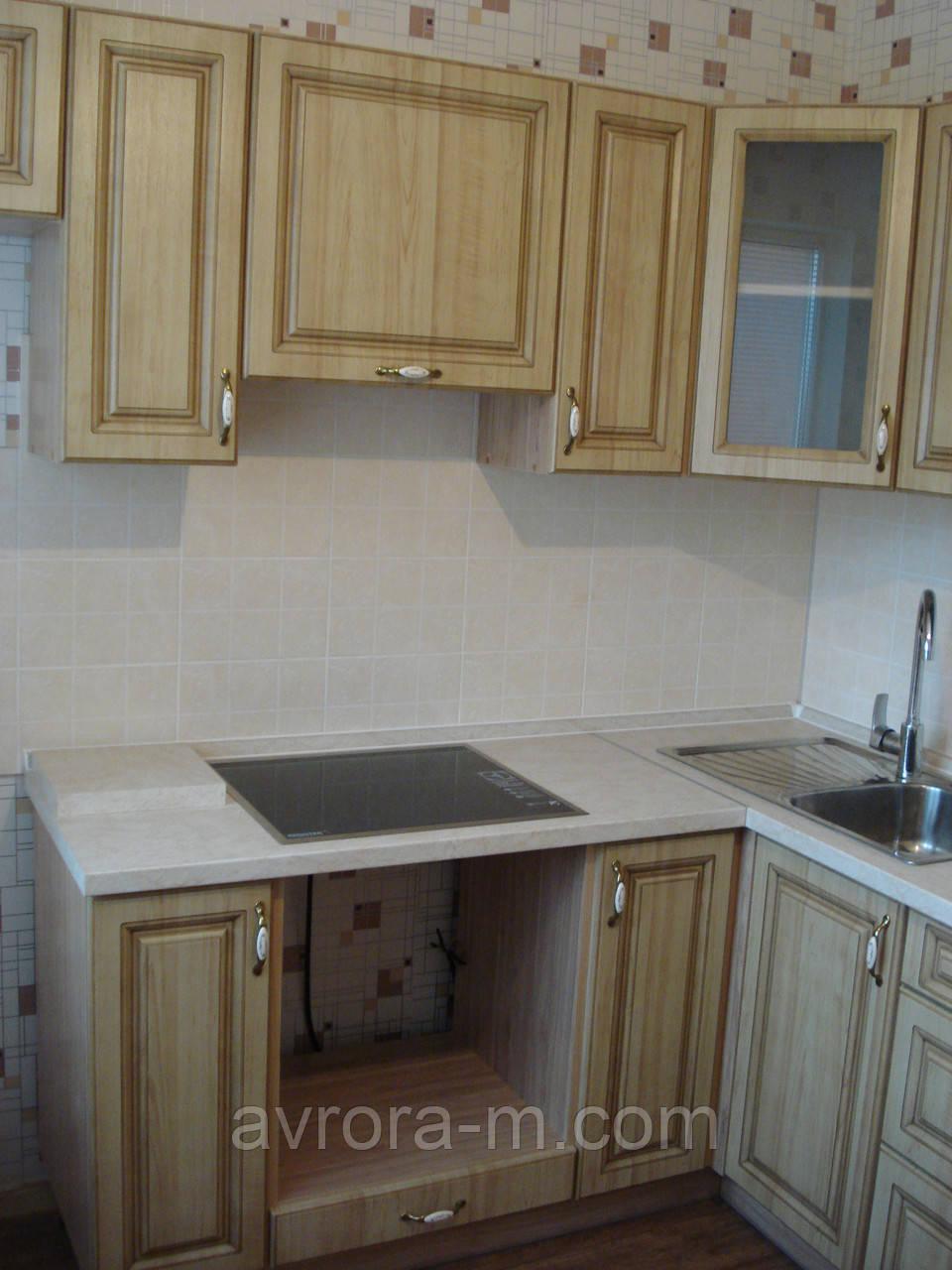 Кухня с патиновой отделкой