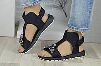 Сандалі (Черные сандали на низком ходу с камнями)