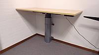 501-19 7 Wall, Silver: Компактный офисный стол с регулируемой высотой крепится на стену