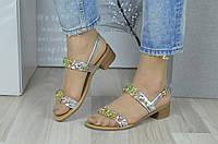 Босоніжки (Босоножки обшиты камнями на маленьком каблуке на узкую ножку), фото 1
