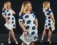 Стильное женское платье большого размера свободного кроя голубое в синий цветочек