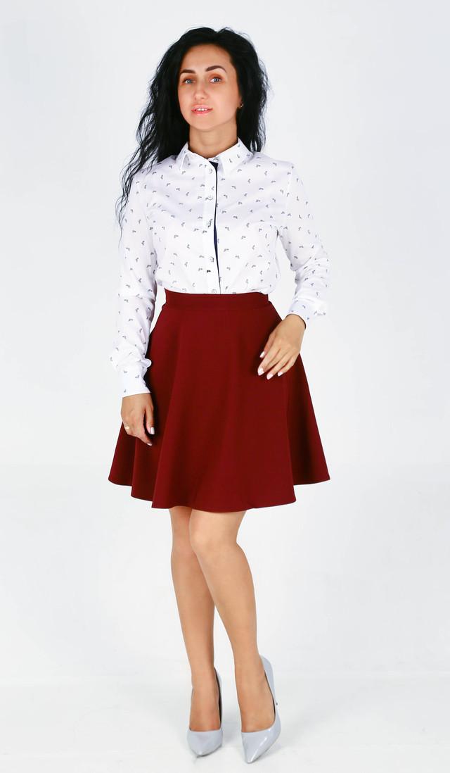 Стильная молодёжная юбка полусолнце бордового цвета