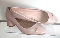Туфли лак, устойчивый каблук, цвет бежевый, 37-41 размеры