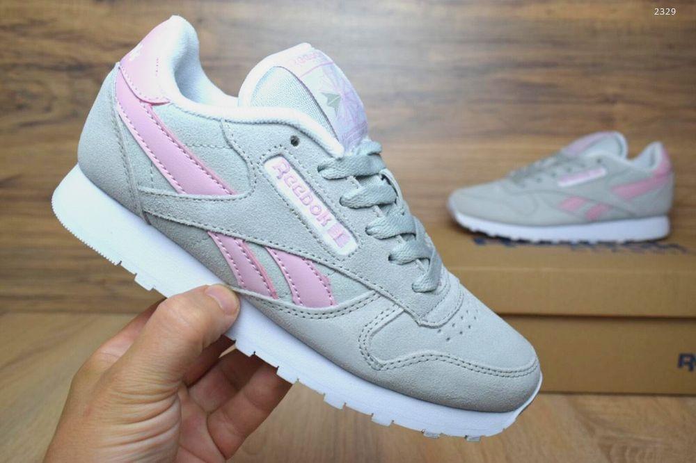 Женские замшевые кроссовки Reebok classic серые с розовым реплика + живые  фото 9fc89ff33de