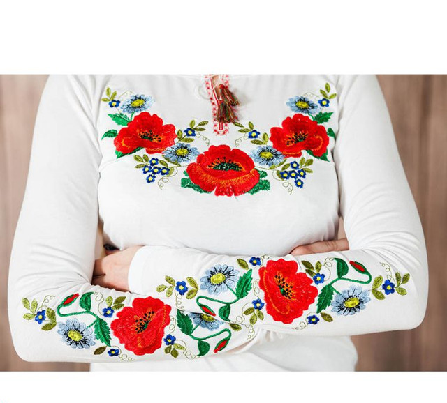 Вышиванка женская с коротким рукавом до 56 размера