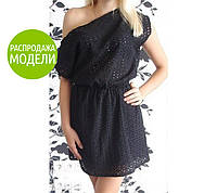 Черное платье на одно плечо