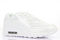 Весенние женские кроссовки белого цвета
