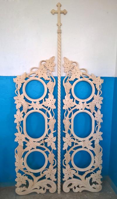 Изготовим резные Царские Врата для иконостаса