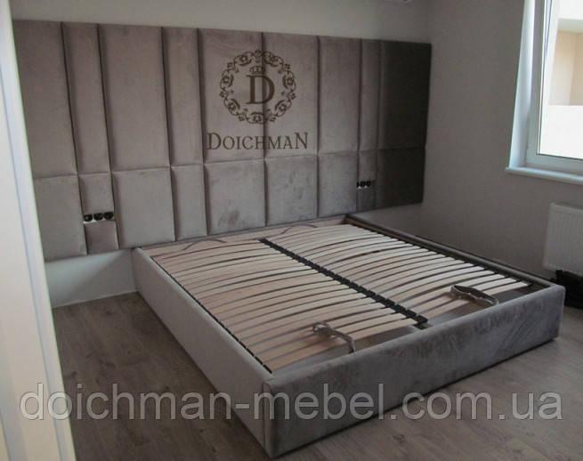 Мягкие панели над кроватью из ткани или кожи