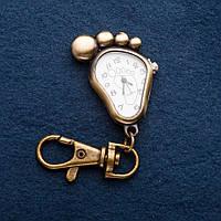 Брелок часы Ножка (4см )