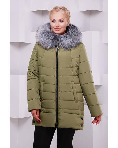 Зимнее полу пальто выполнено из плащевки, прямого силуэта с втачным рукавом