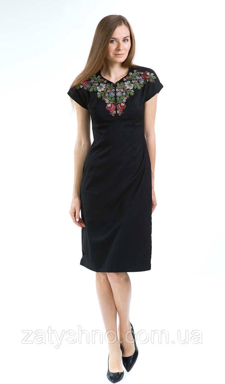 Платья женское с вышивкой