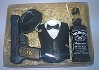Мыльный набор Виски, фрак, шляпа и пистолет