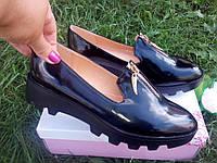 Туфли лоферы слипоны Черные на черной тракторной подошве, фото 1
