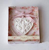 Аромакамень камень ароматизатор Лилия в сердечке