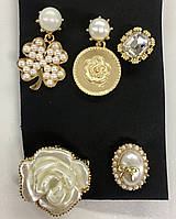 "Комплект из пяти брошек Chanel ""Символы Chanel"""