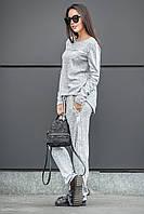 Спортивный костюм с полосами в серебре