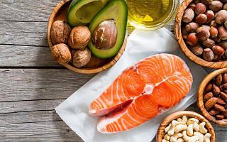 Чем полезен рыбий жир и как его давать детям?