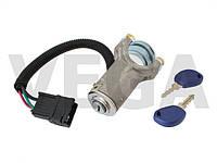 Iveco Daily 06-12 замок зажигания в корпусе с контактной группой в комплекте с двумя ключами 2996075 2996076