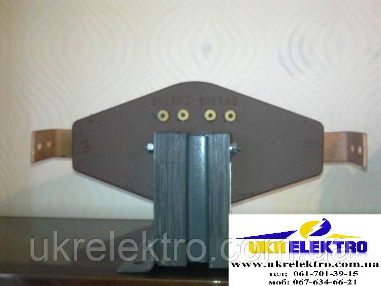 Трансформатор тока ТПЛ-10 200/5