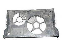 Диффузор вентилятора радиатора 2 секц  2.5D pe Renault Master II 1998-2010