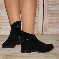 Ботинки женские из натурального замша и лака