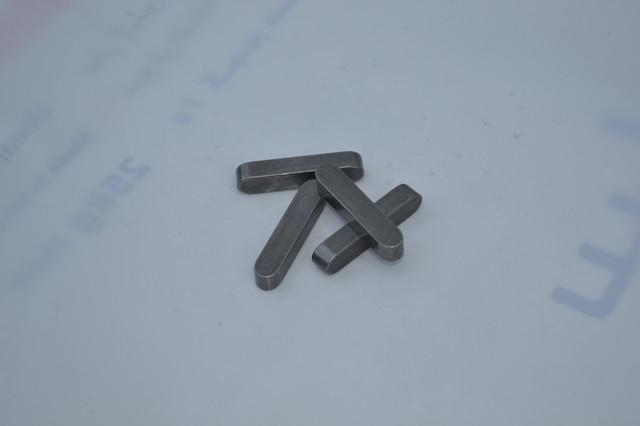 Шпонка призматическая DIN 6885 типа А