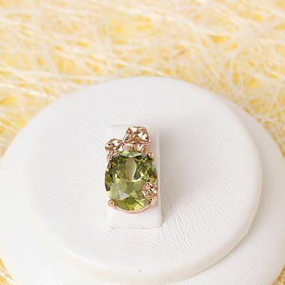 R4-0722 - Кулон со светлым оливково-зелёным фианитом розовая позолота