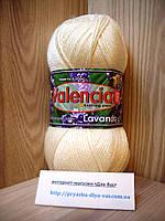 Зимняя пряжа (43%-полированная шерсть,7%-ангора,50%-акрил,100г/220м) Valencia Lavanda 033(молочный)