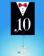 Номер для свадебного стола в виде фрака жениха