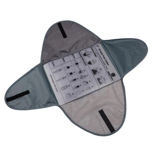 Серая папка-органайзер для рубашек, брюк и юбок в разложенном виде