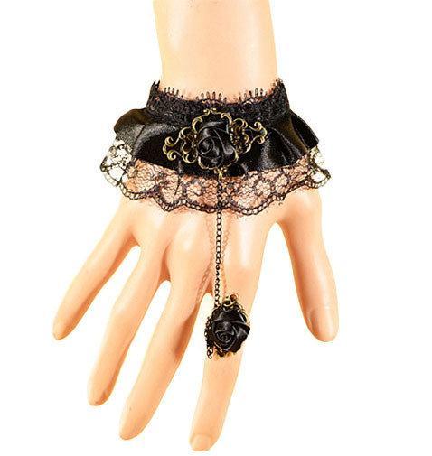Женский браслет на руку кружевной