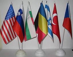 Изготовление настольных флагов 1