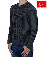 Теплый мужской свитер плотной вязки на зиму.