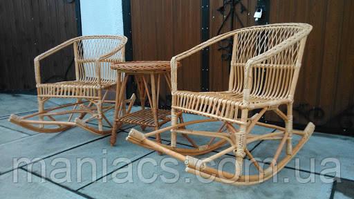 """Комплект мебели """"Две качалки и столик"""""""