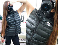 Модная, женская, стеганая жилетка с фирменной нашивкой. Отличное качество! Турция!