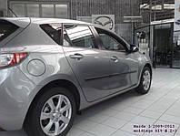 Молдинги на двери Mazda 3 2008-2013