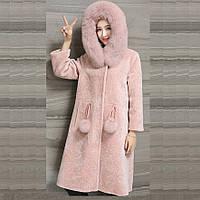 Женская шуба с капюшоном. Натуральная овечья шерсть, мех лисы. Модель 63131.