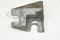Кронштейн крепления троса КПП б/у Renault Scenic 2 8200367224
