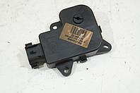 Моторчик заслонки отопителя (печки) б/у Renault Laguna 2 7701206538