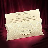 Приглашения на свадьбу цвета айвори в красивом футляре с бархатными узорами
