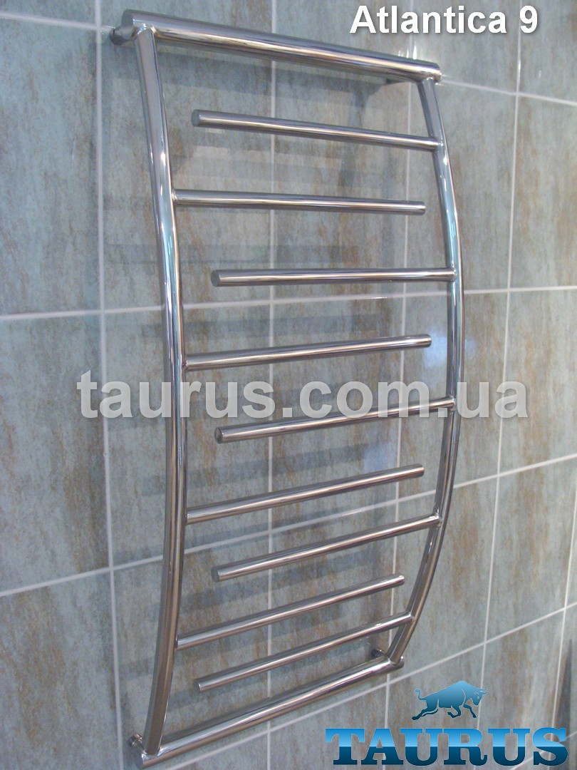 Красиво выгнутый высокий полотенцесушитель Atlantica 9/1050х500 из нержавеющей стали в ванную комнату. TAURUS