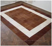 Коричнево білий килим для заміського будинку