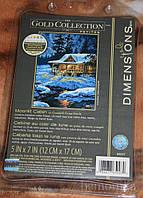 Набор для вышивания Dimensions 65007 Домик в лунном свете Moonlit Cabin