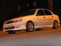 Накладка на передний бампер для Daewoo Lanos Седан 1997