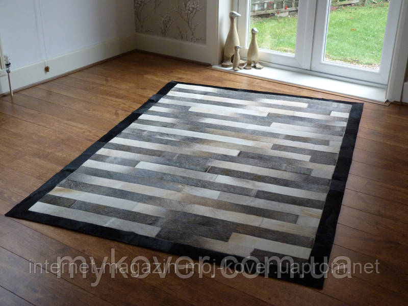 Продаж килимів з шкур, килим з чорним кантом