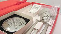 Именные ложки в подарочном наборе с лазерной гравировкой на косметическом зеркале