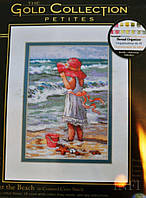 Набор для вышивания Dimensions 65078 Девочка на берегу Girl at the Beach